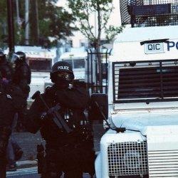 Jeden policjant ranny w zamieszkach po paradzie Świętego Patryka w Belfaście