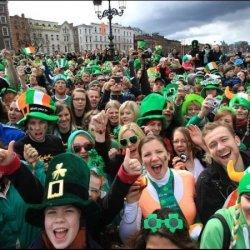 Irlandczycy najszczęśliwszym narodem w Unii Europejskiej