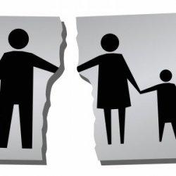 Samotni rodzice będą musieli pracować, by otrzymać zasiłki