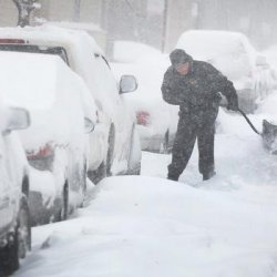 Śnieg i paraliż lotnisk w USA