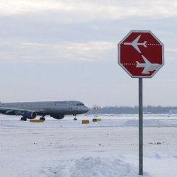 Lotniska w Dublinie i Cork unieruchomione z powodu pogody