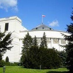 Senat RP ogłosił nabór ofert na realizację zadań związanych z Polonią