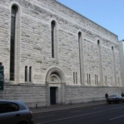 Rozprawa przeciwko narkomanowi, który w kościele w Cork pobił starszego mężczyznę