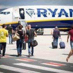 Ryanair wprowadza nowe trasy, głównie z Dublina