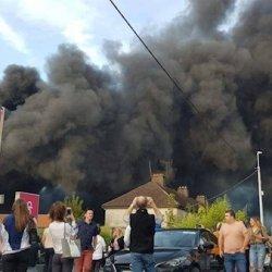 Wielki pożar centrum handlowego w Cork