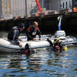 W Cork 60-letni mężczyzna utopił się w samochodzie