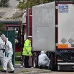 Właściciel ciężarówki, w której znaleziono 39 ciał, przyznał się do winy