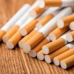 Polakom z Gdańska na lotnisku w Cork skonfiskowano ponad 20 tys. przemycanych papierosów
