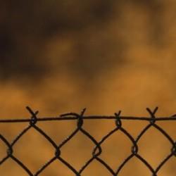 Kontrole graniczne między Irlandią Płn. a Wielką Brytanią na razie zostają