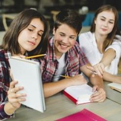 Uczniowie oficjalnie wracają do szkół 1 marca, przedszkola od 8 marca