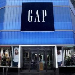 Gap zamyka wszystkie sklepy w Irlandii i Wielkiej Brytanii