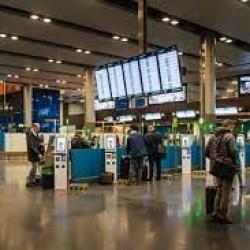 Uchodźcy z Afganistanu lądują na lotnisku w Dublinie