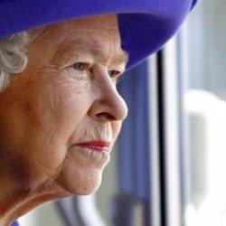 Królowa Elbieta II złoży wizytę w Irlandii.