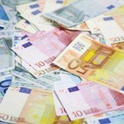 Estonia przyjmuje Euro.