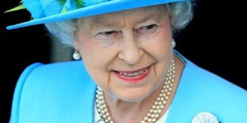 Królowa Elżbieta w Irlandii Północnej