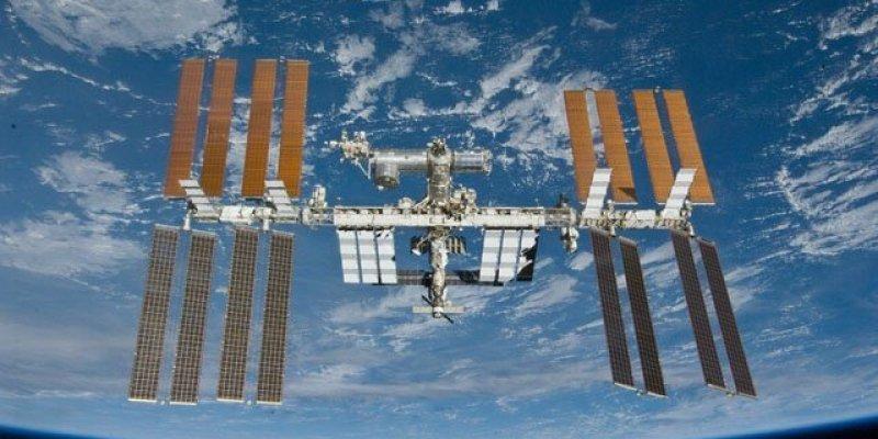 Oczy w górę! Dziś możecie gołym okiem dostrzec Międzynarodową Stację Kosmiczną