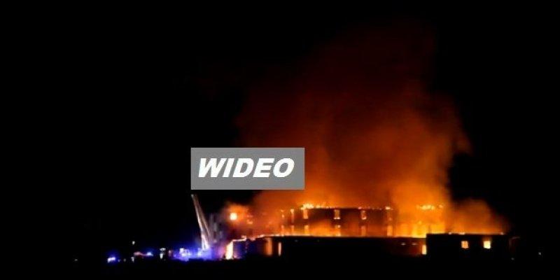 Gigantyczny pożar hotelu w Donegal