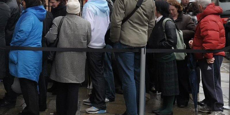 2000 osób mniej na bezrobociu, ale liczba będących na zasiłku powyżej 12 miesięcy rośnie