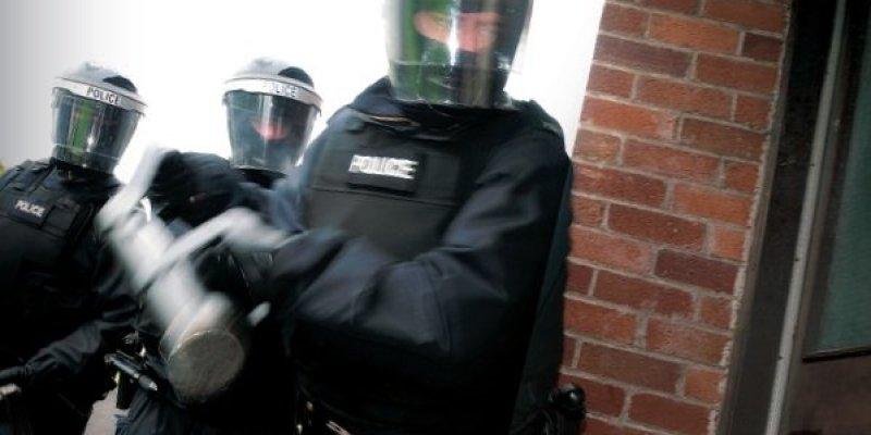 Policja w Irlandii Północnej wzięła na cel dilerów narkotykowych
