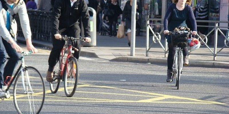 Rowerzyści i piesi najbardziej narażeni na wypadki w Dublinie. Akcja bezpieczne drogi
