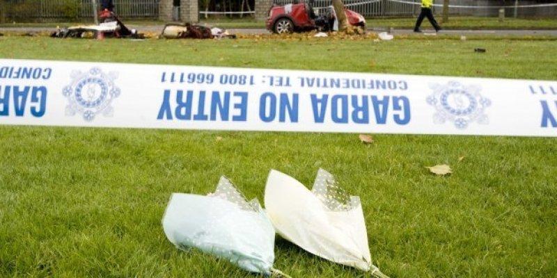 Dwóch młodych mężczyzn zginęło w kolizji z drzewem w Dublinie