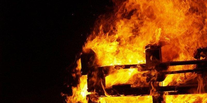 W Halloween strażacy interweniowali ponad 500 razy. W Spencer Dock obrzuceni zostali kamieniami
