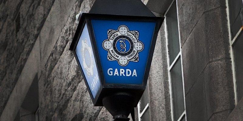 Mężczyzna zmarł na posterunku Gardy w Cork