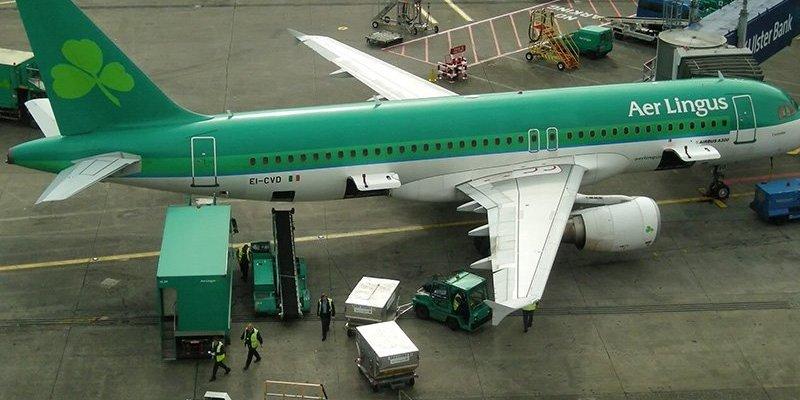 Wykrycie zapachu dymu w samolocie powodem awaryjnego lądowania w Dublinie