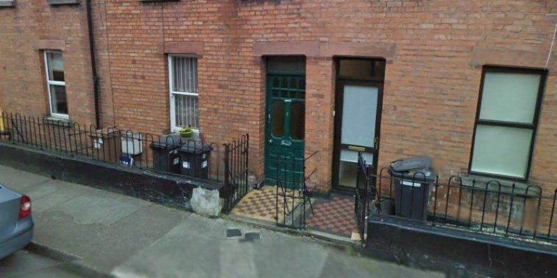 Alkohol oraz niskie temperatury powodem śmierci Polaka na chodniku w Dublinie