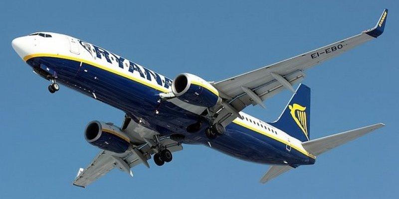 Ryanair kupuje 175 nowych samolotów Boeing 737-800S wartości 15,6 mld dolarów