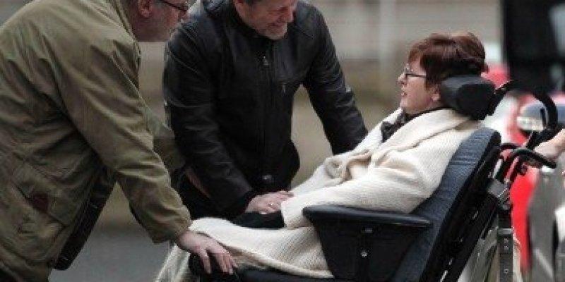 Sąd nie pozwoli jej umrzeć w towarzystwie partnera