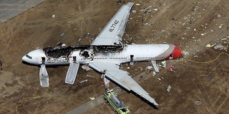 Jak nazywali się piloci rozbitego w San Francisco samolotu?