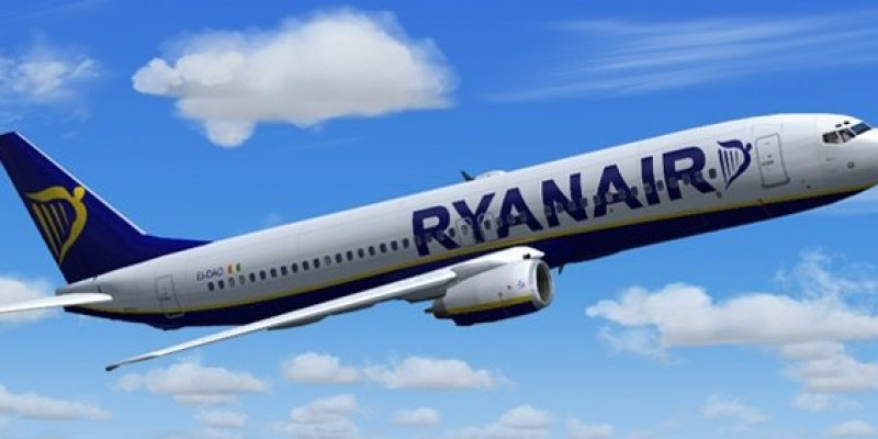 Zmiany w Ryanair, drugi bagaż podręczny gratis.