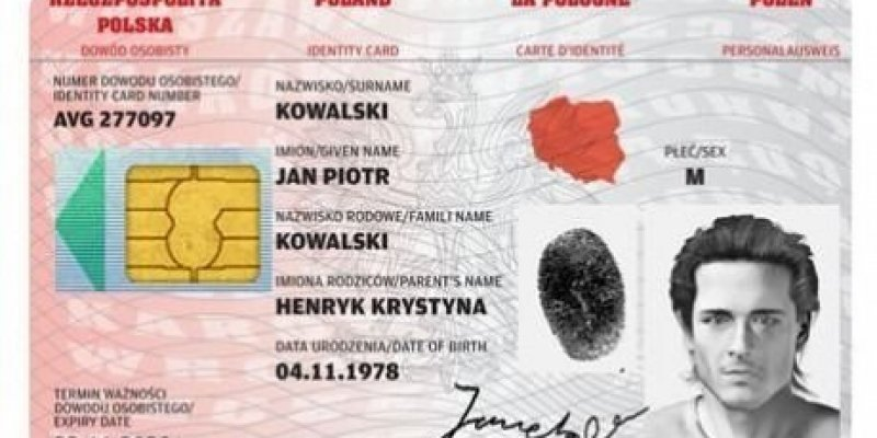 Zmiana w polskich dowodach osobistych informuje MSW