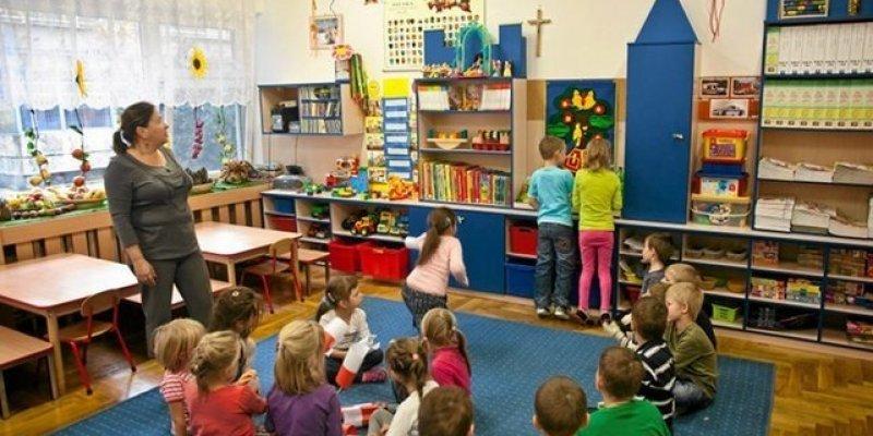 OECD apeluje - obniżcie opłaty za żłobki i przedszkola