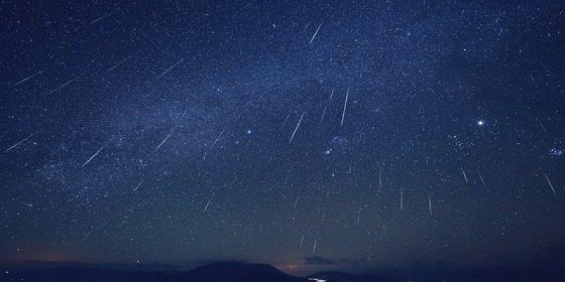 Przed nami wyjątkowy spektakl. Dziś w nocy spadnie deszcz meteorów