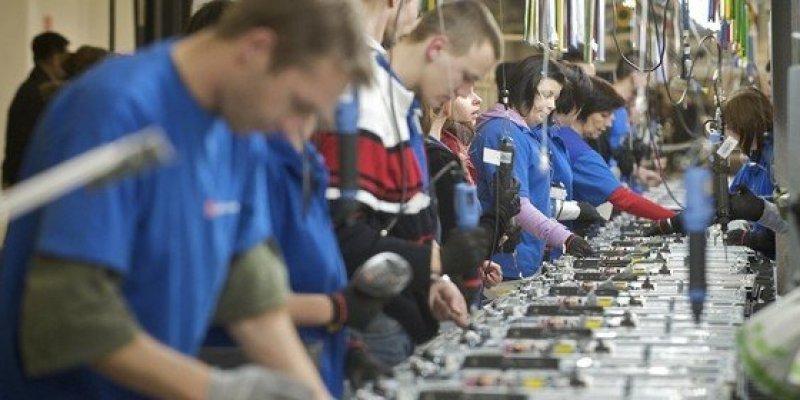 Unijny przemysł odpływa z Irlandii do Polski