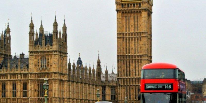 Senat debatował o polskiej oświacie w Irlandii i Wielkiej Brytanii