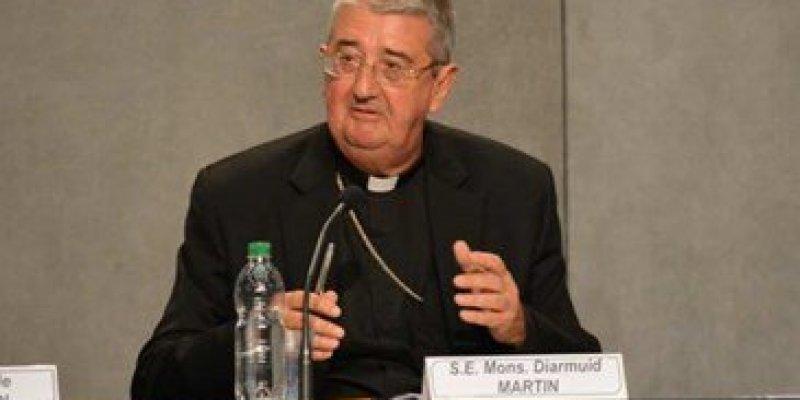 Arcybiskup Dublina wezwał do odrzucenia przemocy