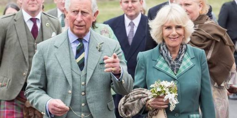Książę Karol z wizytą w Irlandii