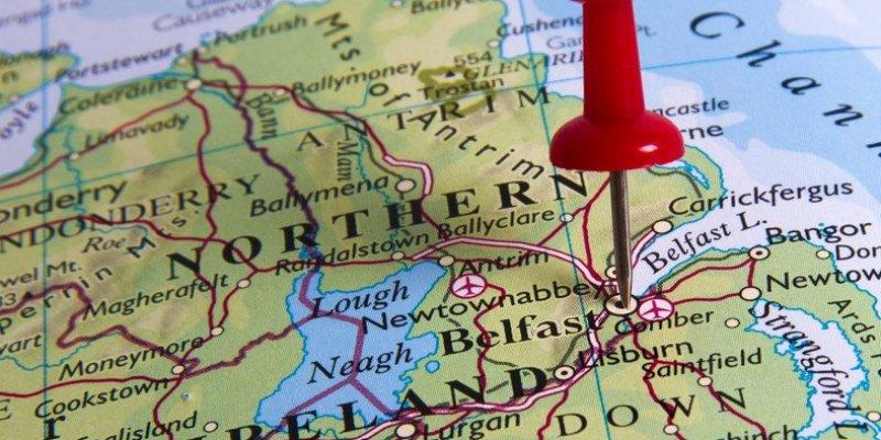 Brytyjski rząd przeciwny granicy między Irlandiami