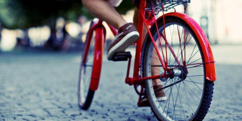 Coraz więcej Irlandczyków dojeżdża do pracy rowerami