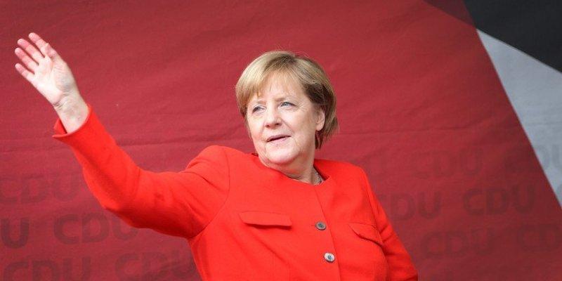 Angela Merkel obrzucona pomidorami