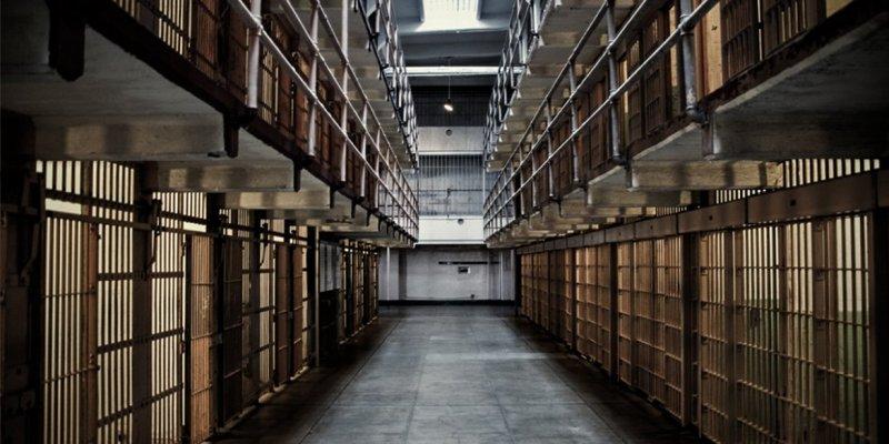 Gwałciciel z Rimini pobity przez współwięźniów