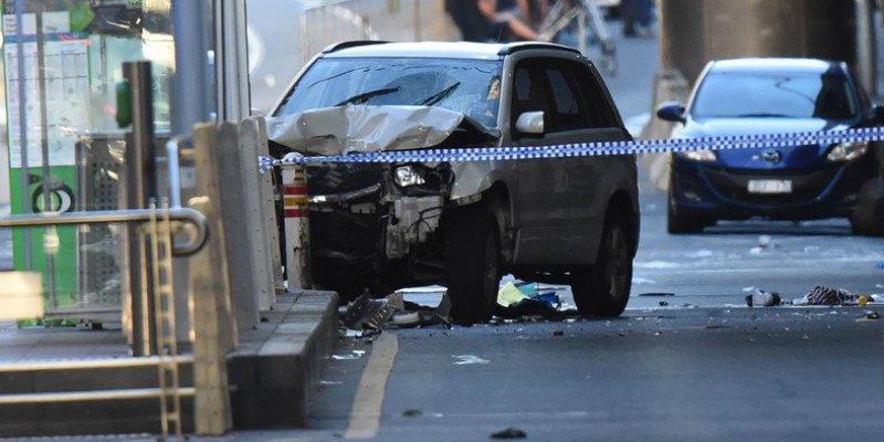 Samochód wjechał w tłum w Melbourne