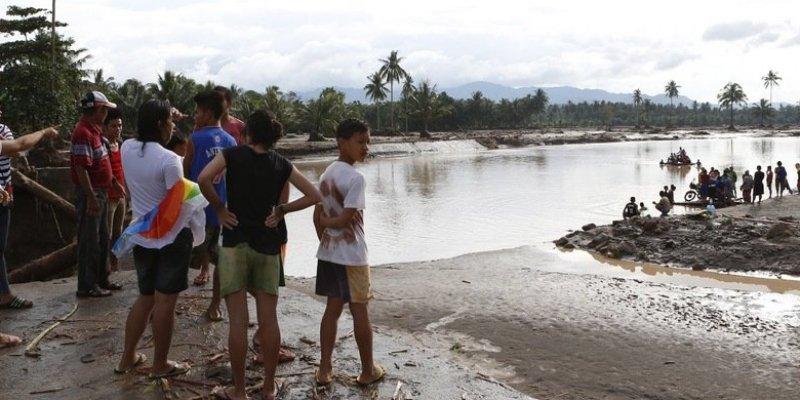 Do 240 wzrósł bilans ofiar burzy tropikalnej