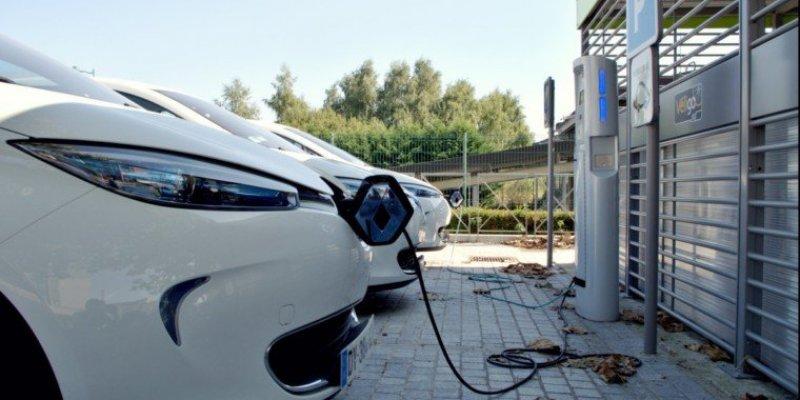 Irlandia zachęca do kupowania aut elektrycznych