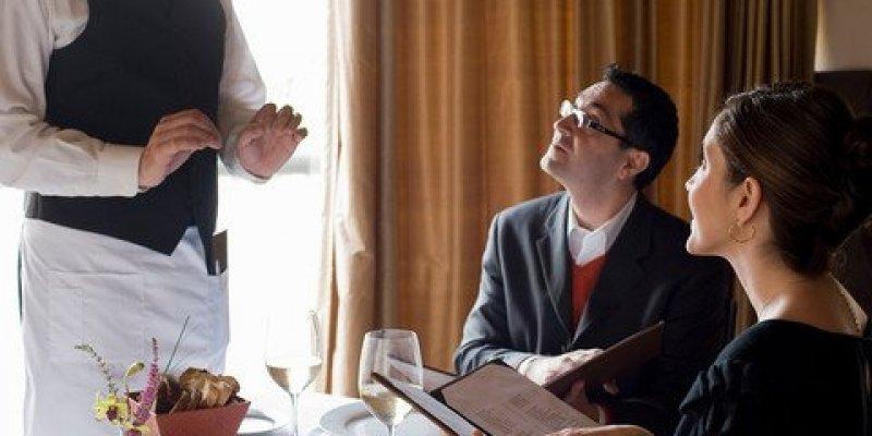 Obowiązkowe depozyty za stolik w irlandzkich restauracjach