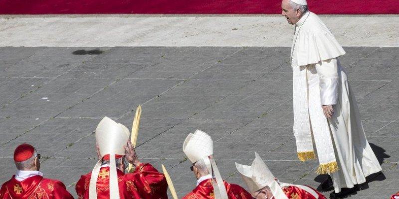Papież przyjął rezygnację irlandzkiego biskupa w związku ze skandalem pedofilskim