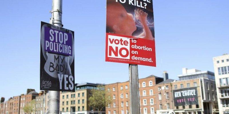Księża ostrzegają, że stronnicy referendum nie zostaną dopuszczeni do komunii